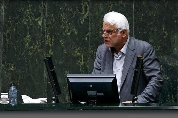 بهمنی: مردم را مجبور به خرید خودرو داخلی کردهایم