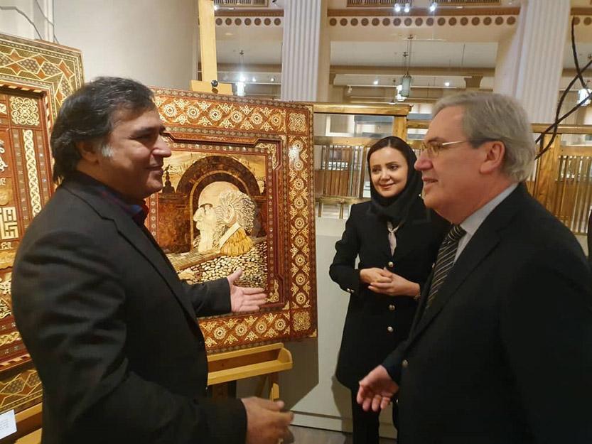 بازدید سفیر فرانسه از موزه بانک ملی ایران