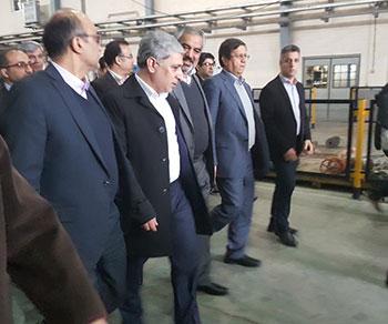 بازدید مدیرعامل بانک ملی ایران از پتروشیمی کردستان