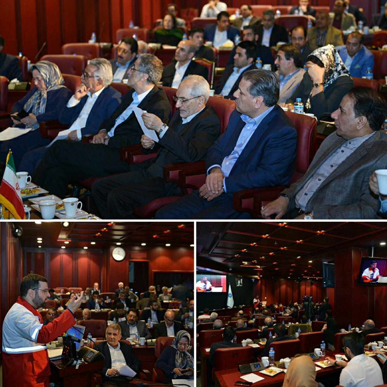 نشست هماندیشی و مشارکت فعالان بخش خصوصی برای کمک به هموطنان سیلزده
