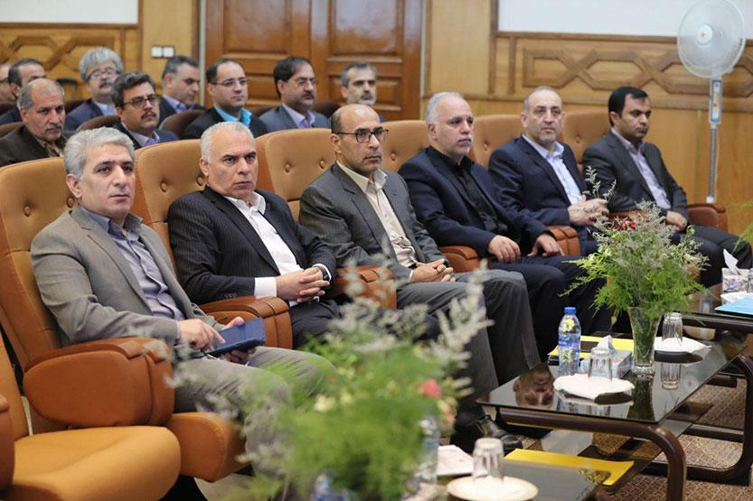 حسین زاده: «آموزش» عنصر جدایی ناپذیر فعالیت های بانک ملی ایران است