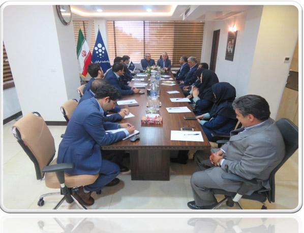 دیدار صمیمی رئیس هئیت مدیره بانک حکمت ایرانیان با کارکنان استان خراسان