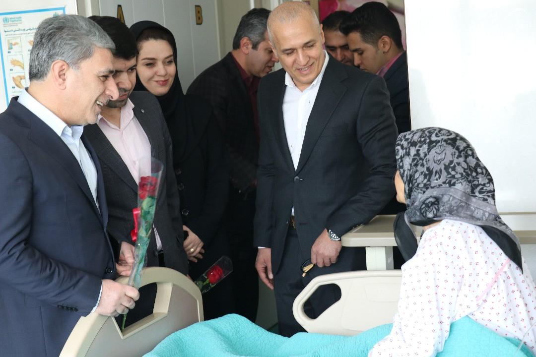 عیادت نوروزی مدیر عامل بانک ملی ایران از بیماران