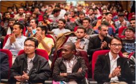 جذب دانشجویان خارجی ارز آور است