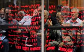 در زمان رکوردشکنی در بورس غیرحرفهایها مراقب باشند
